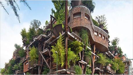 Grüne Oase mit Baumhauscharakter