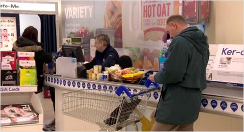 Entspannt Bezahlen im Supermarkt.