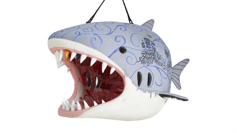 ... das für manche vielleicht weniger einladende Maul des Weißen Hais ...