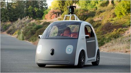 Das selbstfahrende Google Autokönnte in Zukunft seine Mitfahrer über Angebote aus der Umgebung informieren