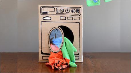 Wie wär's mit dieser coolen Spiel-Waschmaschine für die Kids? Gesehen bei blog.cybex-online.com/de.