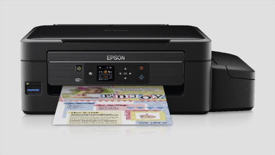 Das Multifunktionsgerät Epson EcoTank ET-2550 bietet als Scanner, Kopierer und Drucker vielfältige Einsatzmöglichkeiten fürs tägliche Drucken zu Hause.