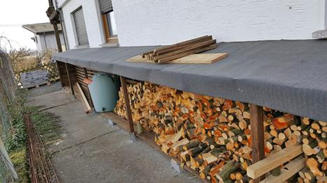 Ein fischer DUOPOWER-Projekt von trnd-Partnerin kittygirl87: Ein selbstgebauter Holzunterstand.