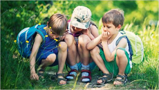 FruchtZwerge go! Joghurt-Snack zum Mitnehmen für Kinder.