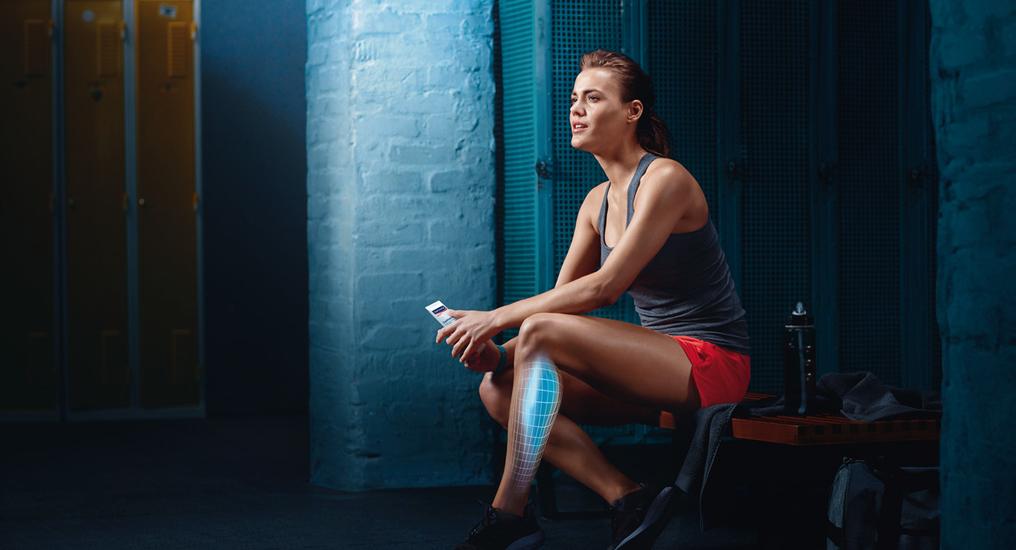 Das Gel mit Menthol und Koffein wird direkt auf beanspruchte Muskelpartien aufgetragen und einmassiert. Dort unterstützt es gleich ihre Regeneration.