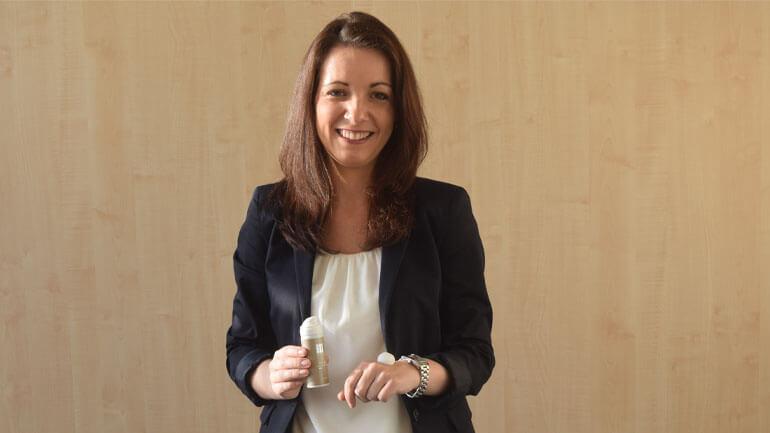 Fabienne - unsere Ansprechpartnerin bei QVC für Merz Spezial Professional.