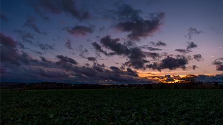 trnd-Partner crausd hat es bereits ausprobiert und mit der Nikon D500 einen tollen Sonnenuntergang in Dortmund festgehalten.