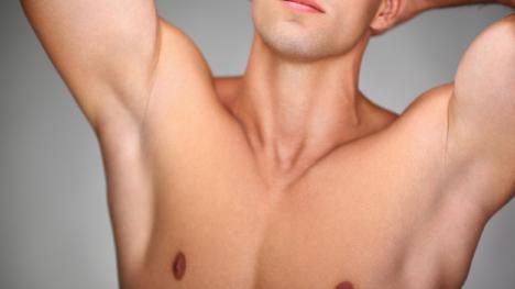 Bauch haare rasieren mann am Bauchhaare entfernen