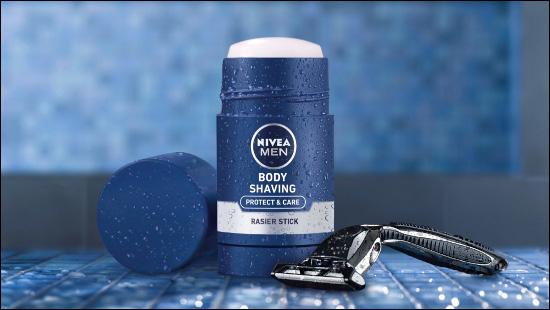 Der NIVEA MEN Body Rasier Stick.