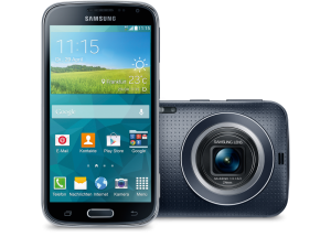 der Teilnehmer würden die Samsung GALAXY K zoom an ihre Freunde weiterempfehlen.