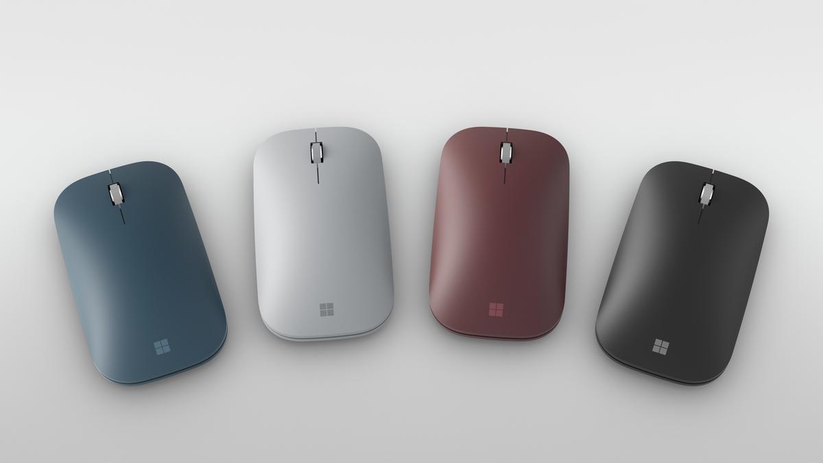 Das Surface Go kann individuell nach den eigenen Vorstellungen gestaltet werden: Bei dem Surface Go Signature Type Cover, dem verbesserten Surface Pen und der Surface Mobile Mouse hast Du die Wahl zwischen Bordeaux Rot, Platin Grau, Kobalt Blau und Schwar