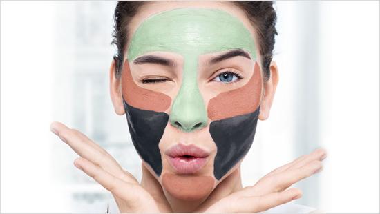 Individuelle Reinigung für das Gesicht mit Multi-Masking.