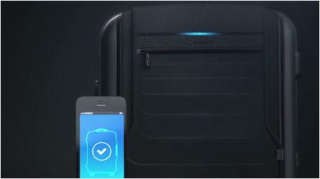 Koffer mit Smartphone-Verbindung.