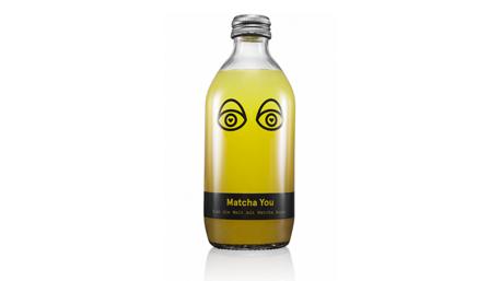 Energie-Getränk aus Matcha-Tee