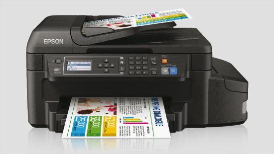 … mientras que la impresora ET-4550 encajará en un hogar más exigente o nuestra pequeña oficina, con sus funciones de impresora, fotocopiadora, escáner y fax.
