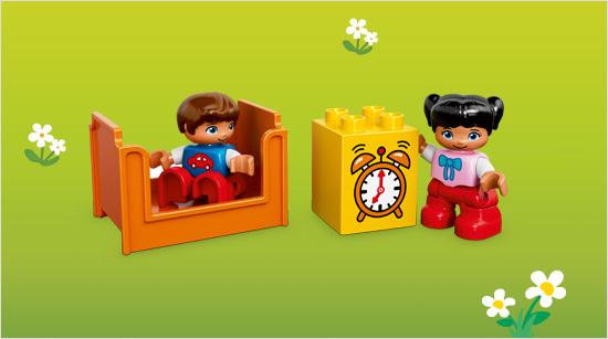 Con sus personajes y bloques especiales decorados, aprenderán vocabulario y acciones del día día, desarrollarán su creatividad…