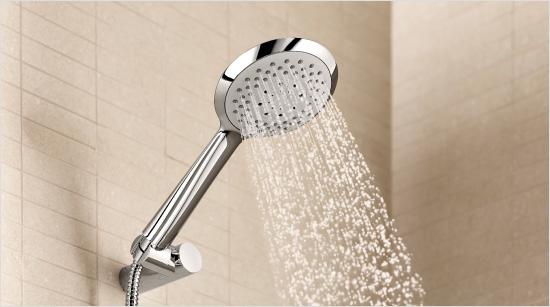 Todo, con una ducha de forma fina, elegante y moderna, que se adapta a cualquier diseño y entorno…