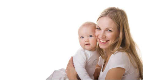 Precisamente, los hogares con embarazadas, bebés y niños requieren un extra de desinfección, sobre todo en suelos, cambiadores, tronas, alfombras infantiles, juguetes, peluches.