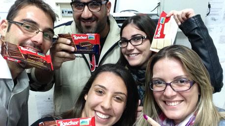trnder roxe84 condivide momenti cioccogolosi con i volontari della protezione civile