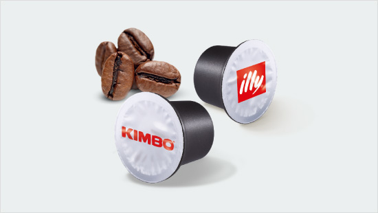 … tra due delle marche simbolo della torrefazione italiana: illy e Kimbo.