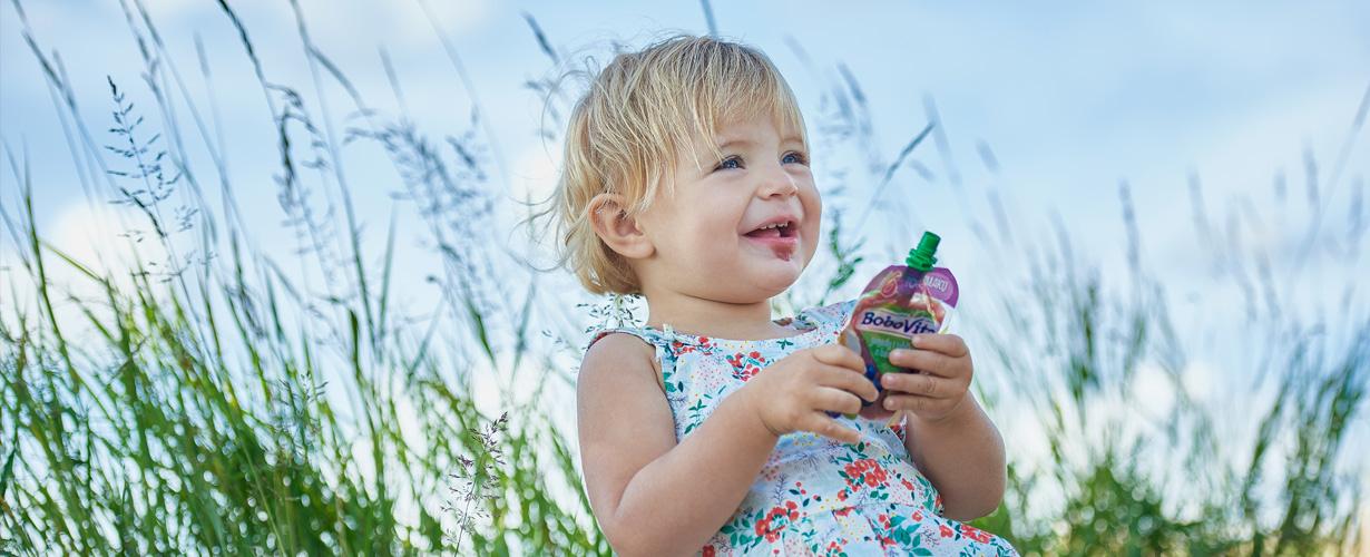 Owoce wykorzystywane w produktach BoboVita spełniają nawet do 3000 razy* bardziej restrykcyjne normy jakości i bezpieczeństwa niż owoce przeznaczone dla dorosłych.